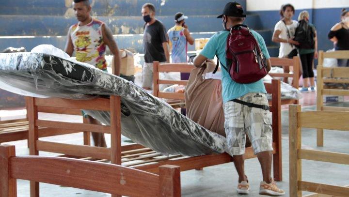 Manaus - 23.07.2020  Prefeitura realoca acolhidos no Ceti Áurea Braga e EM Valdir Garcia Foto.Altemar Alcantara.Semcom